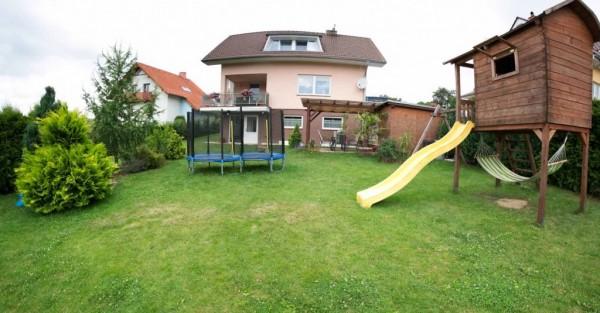 Zahrada-s-domem